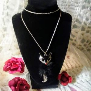 Nwt! Betsey Johnson Fox necklace